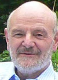 Facharzt Dr. Bernd Henke im Therapiehaus Dannenkoppel